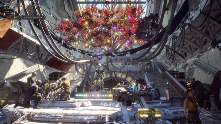 Anthem removes his Christmas decoration two months after the end of the holidays