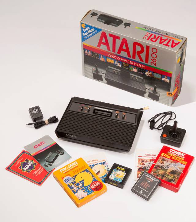 Evelyn Seto Atari graphic design logo graphic identity video game history industry pioneers Pac-Man Snoopy VS The Red Baron Battlezone Sesame Street Combat